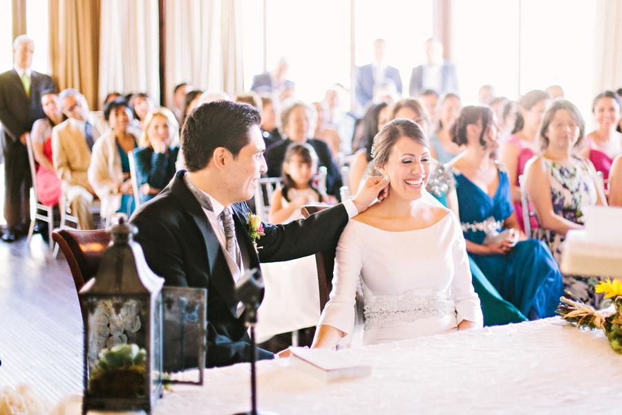 weddings-intimate-ceremony