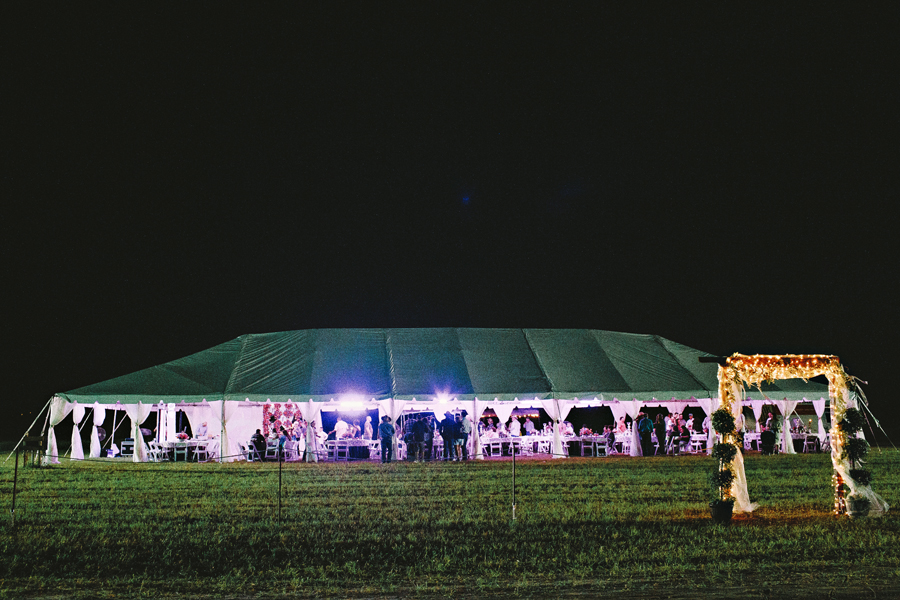 outdoor night wedding pictures