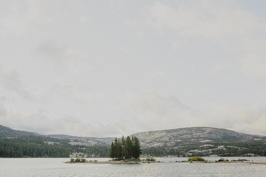 outdoor wedding lake tahoe