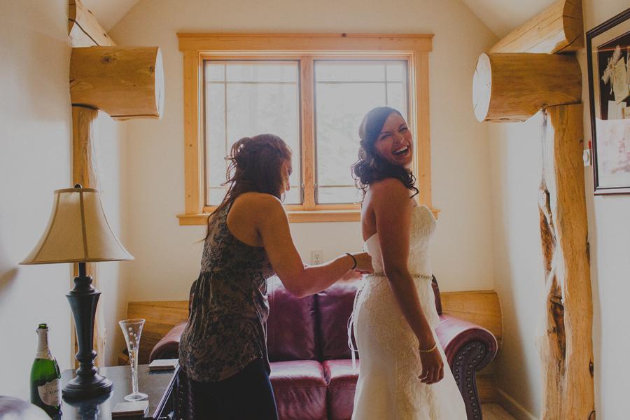 bride getting ready tahoe