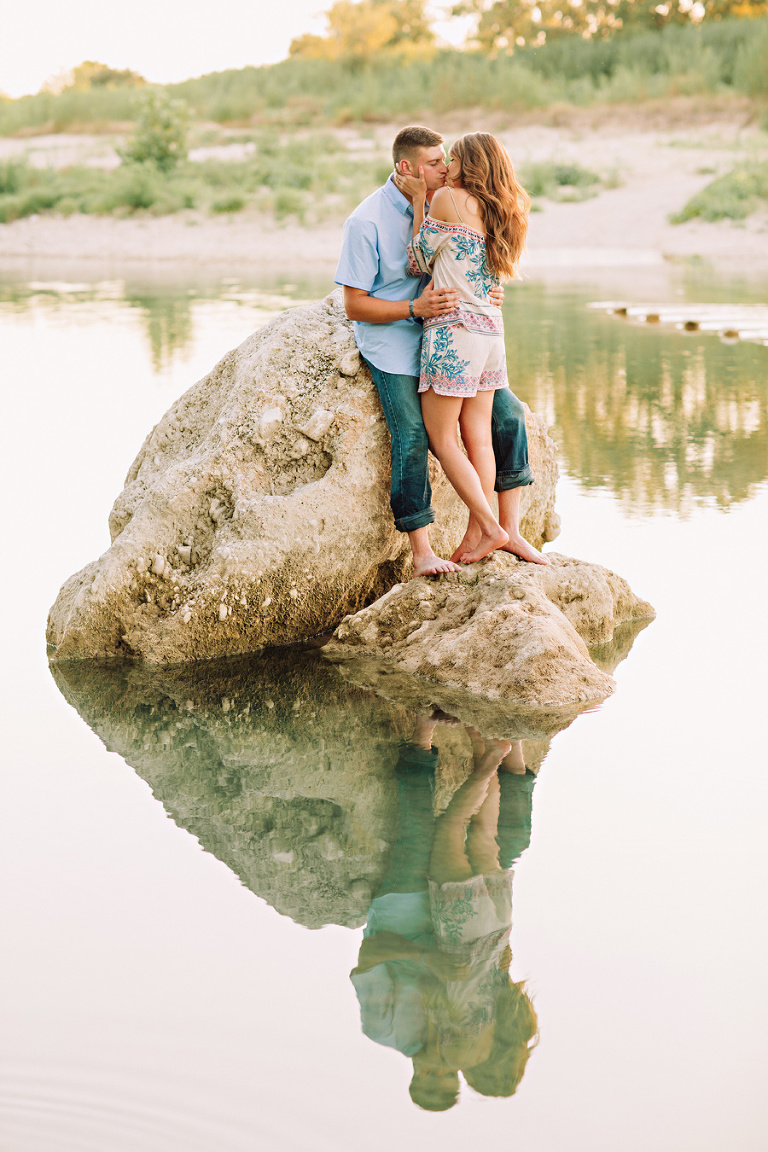 hill country engagement session